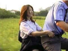 【ヘンリー塚本】これは可愛い奥さまの妹!自転車に乗って青姦です。