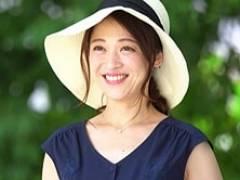 43歳の微笑み美人妻が7年間のセックスレスを取り戻すためにAV出演! 久保今日子