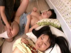 木村つな 妹の友達を薬で眠らせ強制フェラさせパイパンマンコに挿入中出しSEX