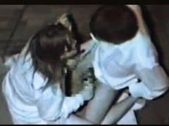 【青姦+流出+赤外線盗撮】本当に猥褻な高校生カップル!公園のベンチでチンポコを入れてしまいます【女子高生】