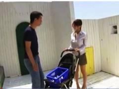 【母乳】希咲乳業のエマミルクを売りに来た母乳ママ!