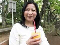 むっちり巨乳の四十路奥さんと公園デート&ホテルでハメ撮り! 倉本雪音
