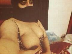 【巨乳民族】ヒジャブ着用のイスラムまんさん全員巨乳説、マジでホントっぽくて草wwwwwwww(画像30枚)