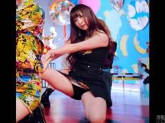 韓国に移籍した元AKBの高橋朱里 PVでめちゃくちゃエロい黒パンツがモロ出し状態に…