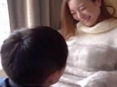 笑顔がかわいい巨乳美女がエロメンお兄さんに手マンでイかされまくっちゃう♡女性向けエロ動画♡